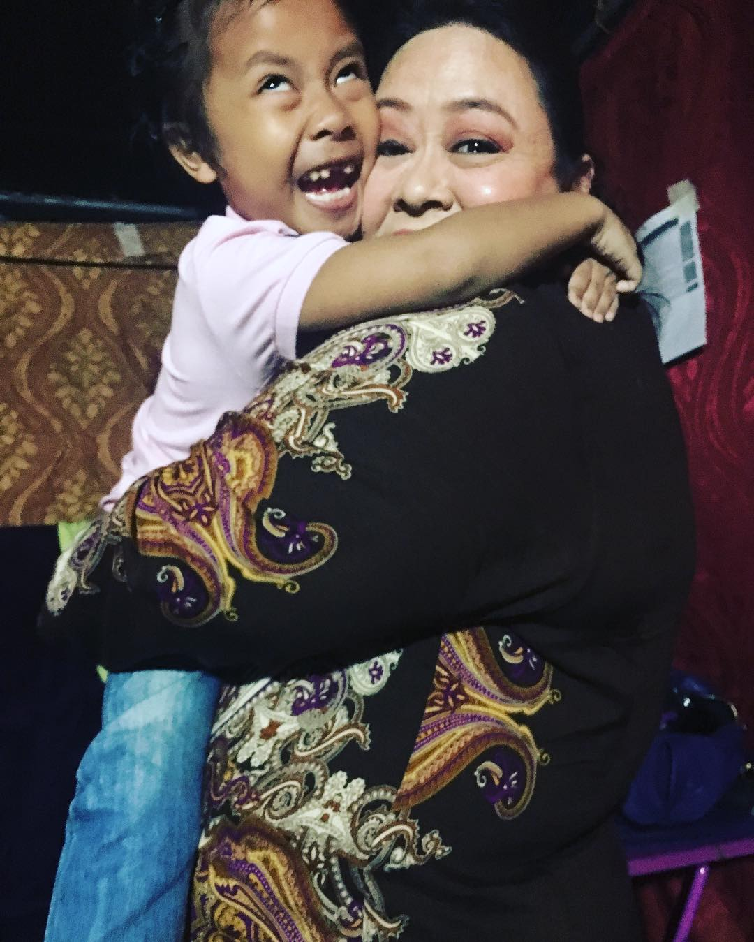 LOOK: Onyok with the beautiful ladies of FPJ's Ang Probinsyano