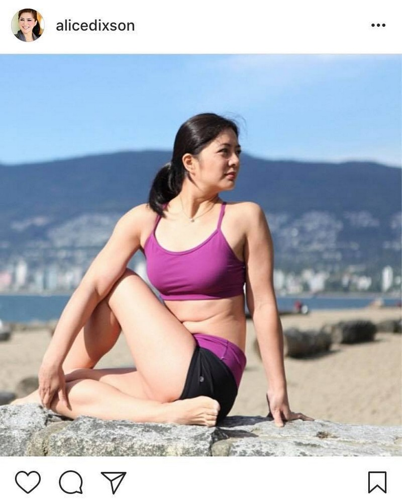 Wow! Alice Dixson still sexy at 48 in these bikini photos